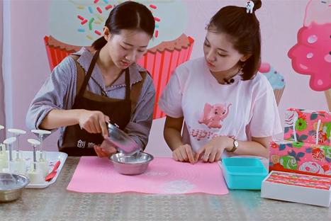 好吃不贵 3分钟教你在家做冰皮月饼