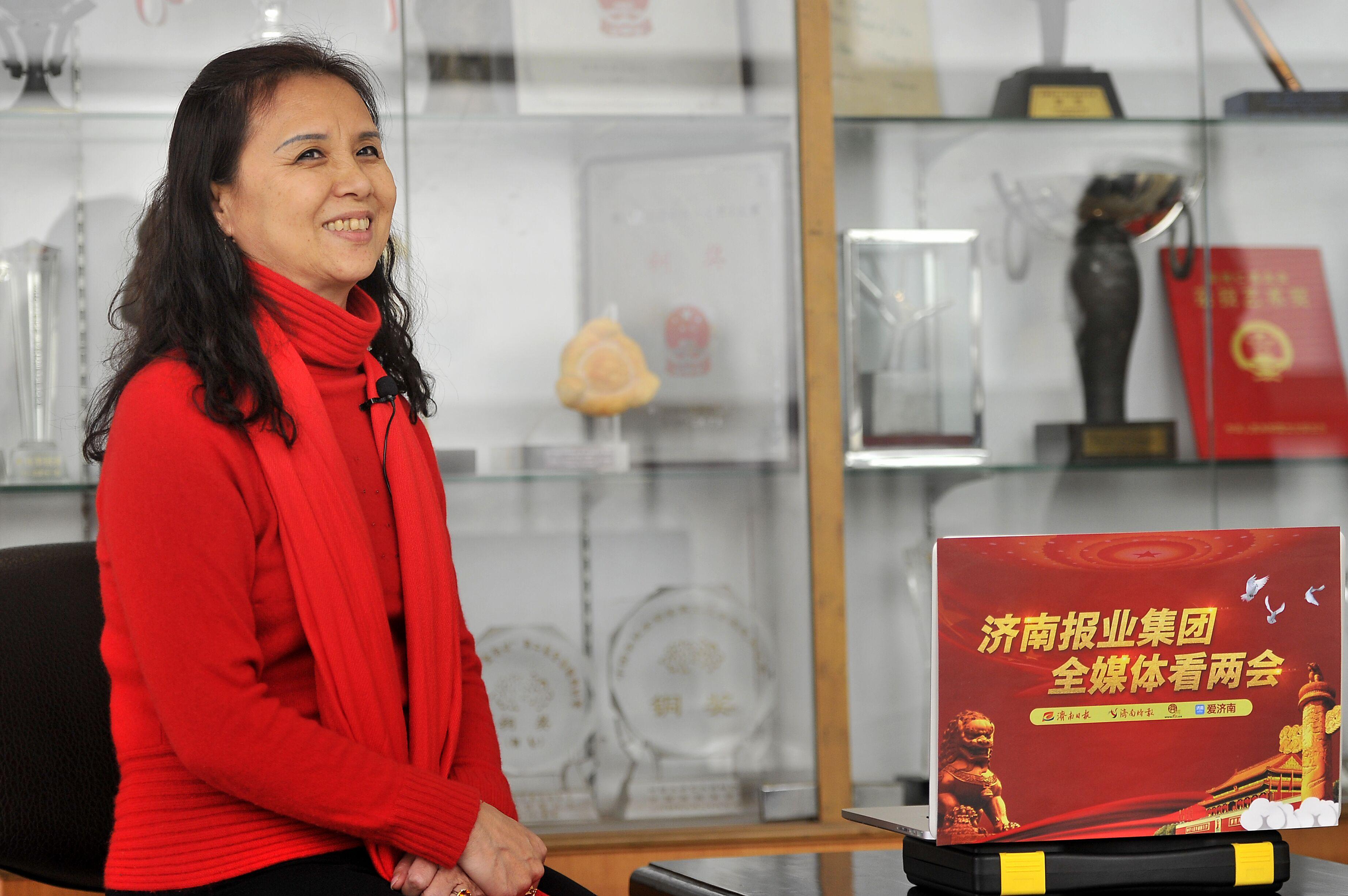 三届全国人大代表邓宝金讲述15年履职记忆