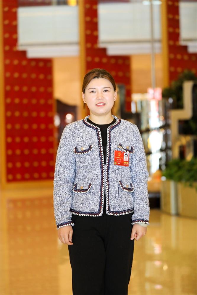 全国人大代表、奥运冠军张梦雪接受专访:为家乡变化点赞!用奋斗为国争光!