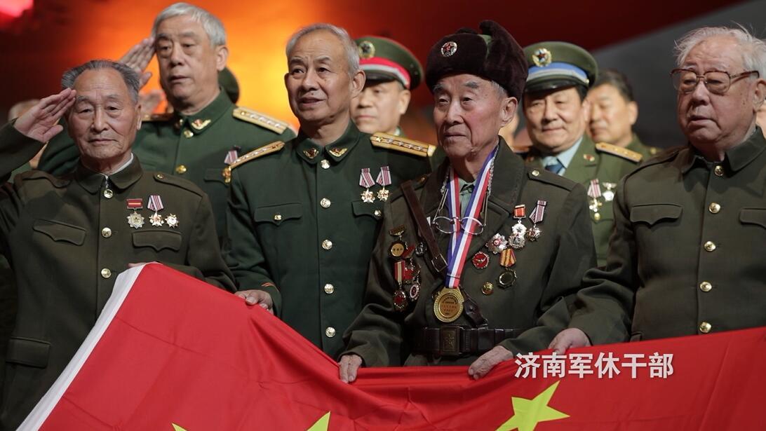 细说家国情怀,传承红色基因! 济南各行工作者与百岁老兵共唱《我和我的祖国》 致敬新中国成立70周年